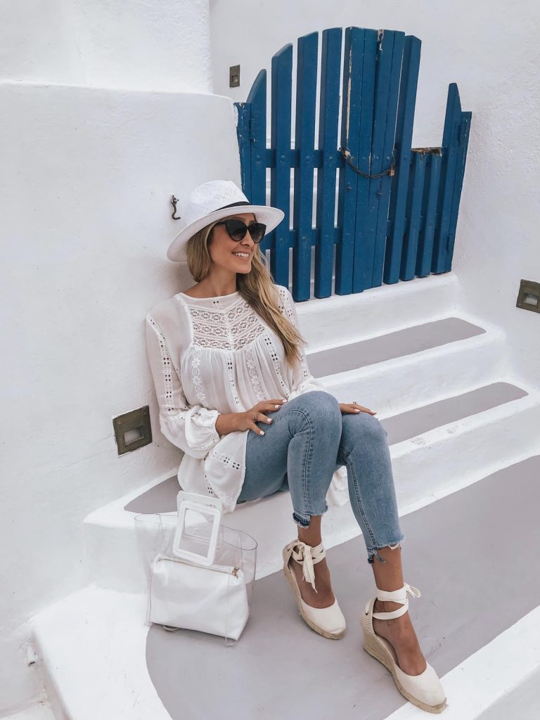 Santorini Outfit Ideas