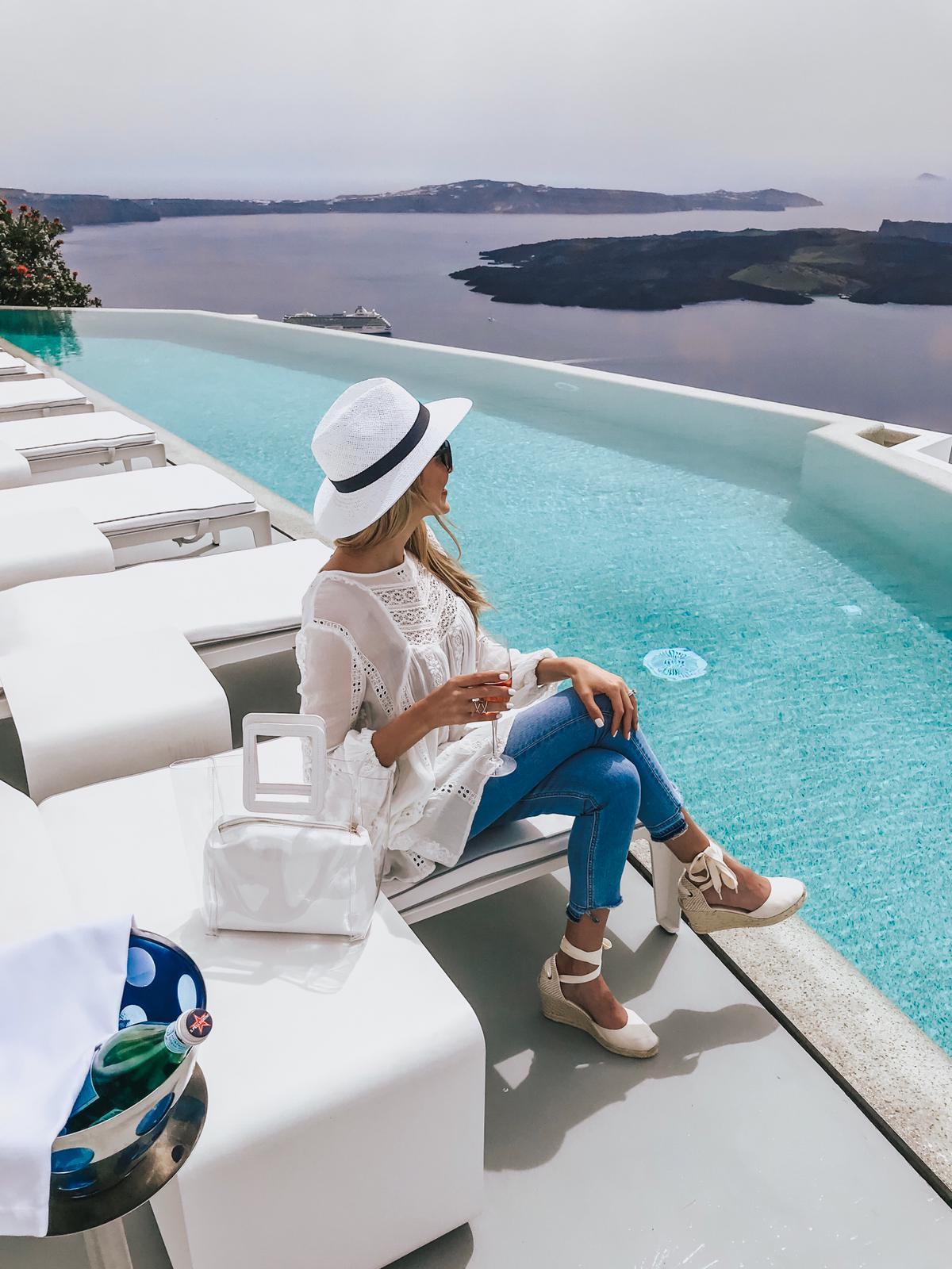 Santorini – Travel Tips