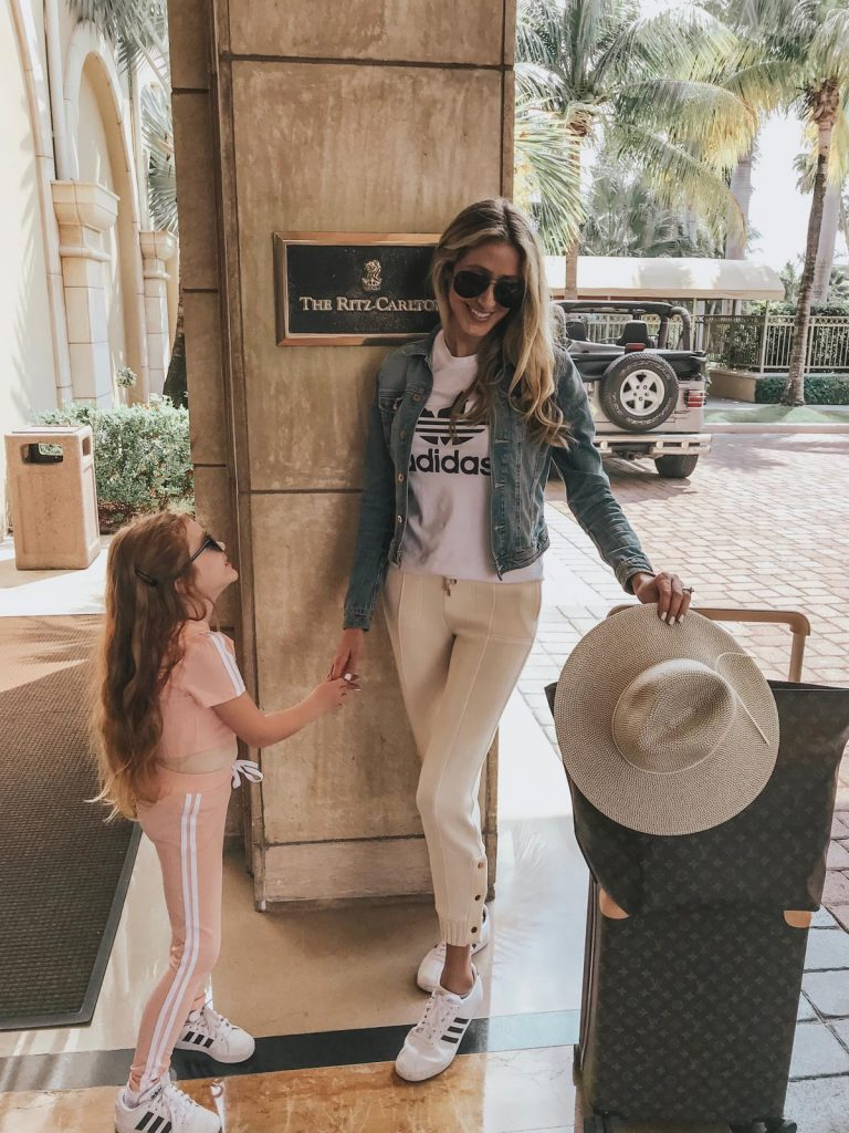 Travel outfit ideas Adidas for mommy and daughter