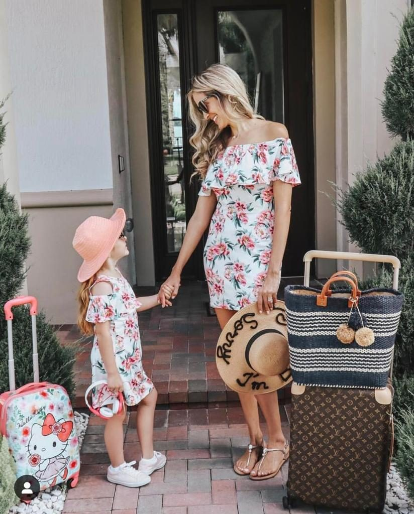 Disney Cruise outfit ideas for mommy and me.